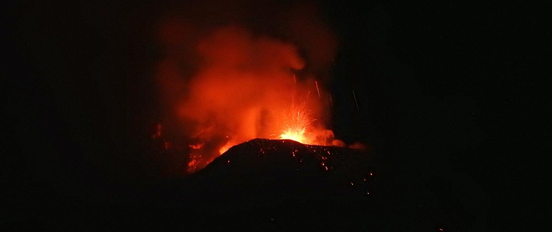 Mount Etna eruption december 2020